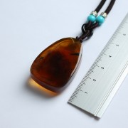 棕红缅甸琥珀宝瓶观音吊坠-22KQ11