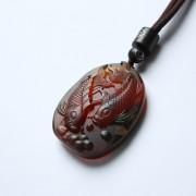 棕红缅甸琥珀相濡(鱼)以沫吊坠-22KQ18